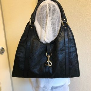Authentic Gucci leather bag/with dust bag 🎀